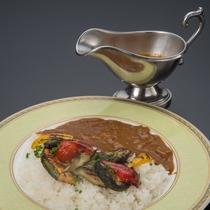 たっぷりグリル野菜カレー※イメージ
