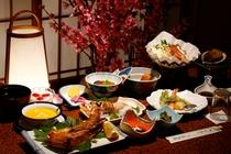 お料理一例 お造り、焼き魚、海鮮鍋など海の幸を中心に、野菜もお米も地元産。