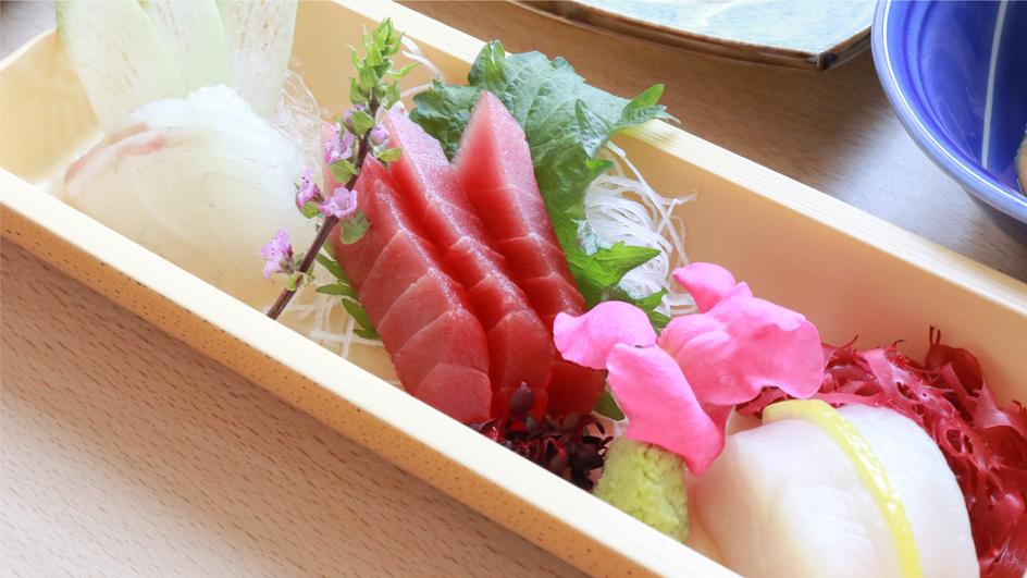 【創作和食会席】なかさと膳(一例)季節によりメニューは変更となります。