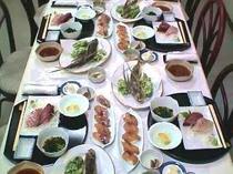 夕食(郷土料理例)