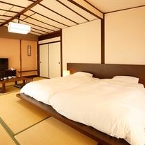 和室12畳ツインベッドタイプの客室。移動に便利なので、高齢者・マタニティのお客様に大人気!