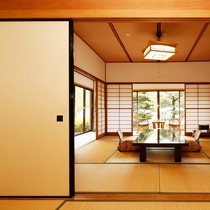 お食事、お部屋、お風呂。上質な旅を堪能していただくのにふさわしい客室です。