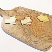 【本格イタリアンコース】 数種類のチーズ