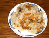 うにめし-新鮮なウニとサザエを炊き込んだ逸品