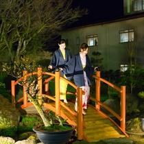 夜の大庭園をお散歩♪