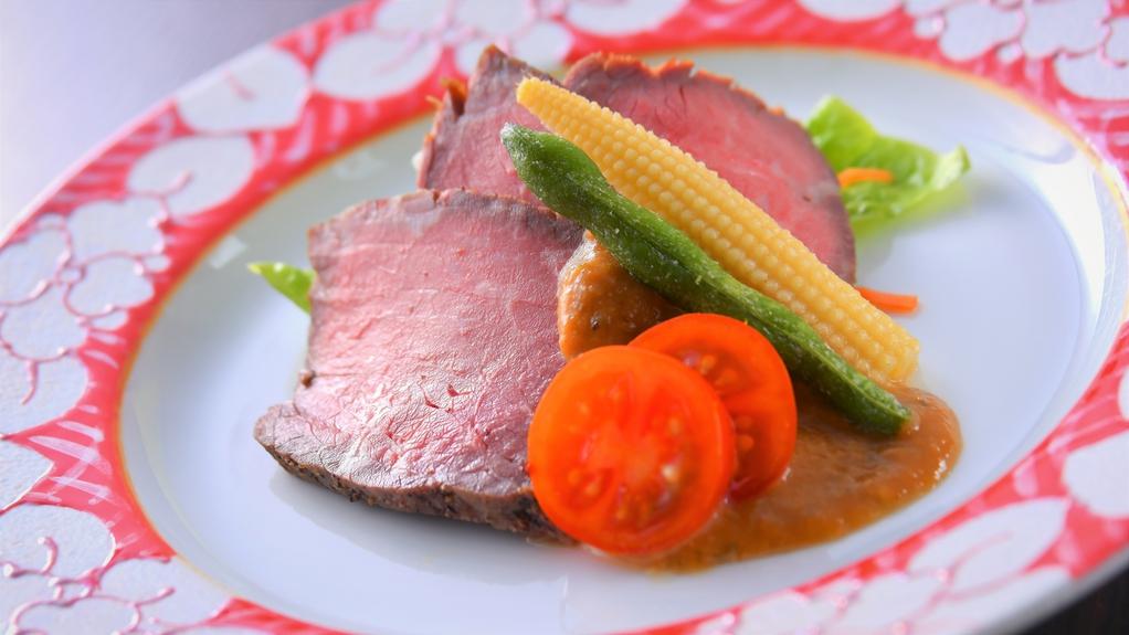 冬料理:【強肴】霧降高原牛ローストビーフ