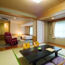 【リラクゼーションルーム】広めの間取りにマッサージチェアを備えた和洋室。癒しと寛ぎの客室です