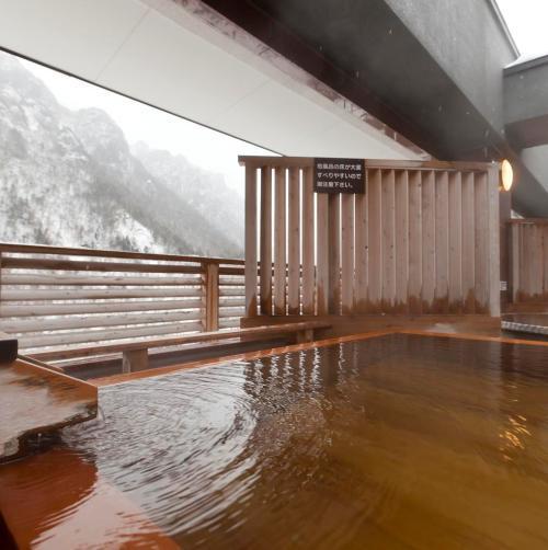 【天空露天 朝陽山】7階 露天風呂