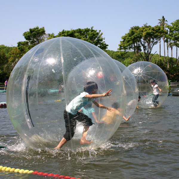 【伊豆ぐらんぱる公園】水の上を歩こう!ウォーターバルーン☆