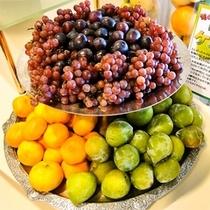 【海鮮ディナーバイキング】旬の果物たっぷり!時には珍しい果物もあるかも? ※一例