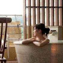 【露天風呂付客室イメージ】好きな時間に好きなだけ、天然温泉をお楽しみ下さい♪