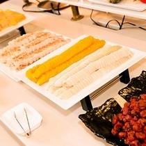 【朝食☆和洋バイキング】目覚めの一粒『梅干し』白いご飯とお味噌汁は必須ですね♪
