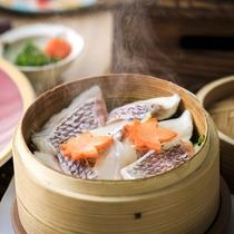 【真鯛蒸籠蒸し】お魚はせいろ蒸しでヘルシーにお召し上がり下さいませ。