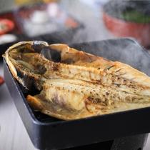 【朝食膳】伊豆の名産干物もアツアツで召し上がれ☆彡※一例