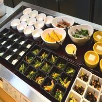 ◆【朝食】小鉢各種(内容は季節や仕入れ状況等により異なります)