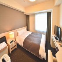 ◆【客室】『ダブルルーム』 広さ15平米 ベッドサイズ横140cm×縦205cm