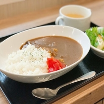 ◆【無料夕食】メニュー一例『ビーフカレー』平日18時~20時&食数限定でご提供♪