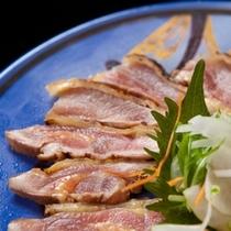 【逸品料理】地鶏のたたき(イメージ゙画像)