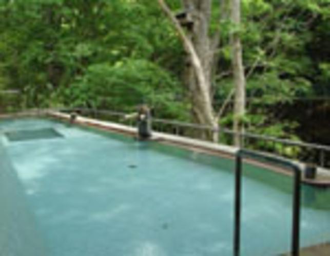 文殊湯混浴野天風呂(福祉風呂扱い)