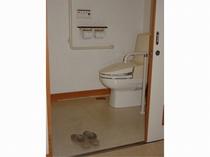 車椅子対応洋室シャワー付きトイレ