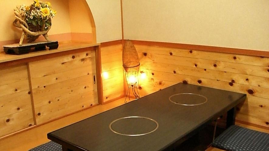 【個室食事処】堀こたつ式の個室お食事処「漁火庵」正座のできない方におすすめです。