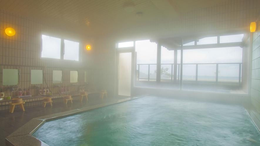 大浴場 23:00までと翌朝6:00から入浴可能です。