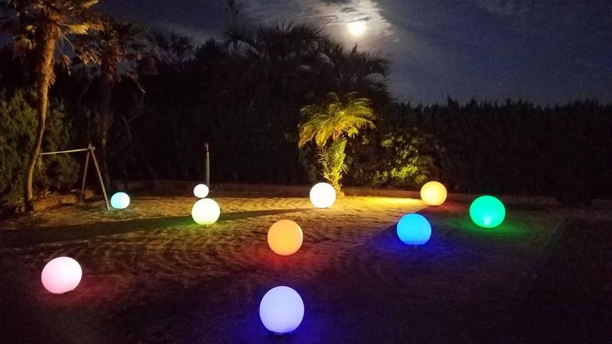 プールサイド 光るボール