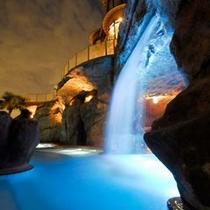 えのすぱ-滝泉(夜)