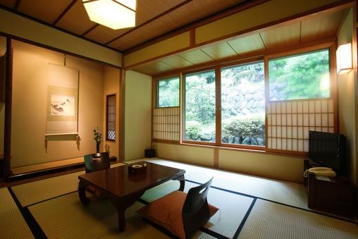 京田(別館) Kyouden 和室8畳+踏み込み
