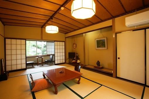 薄(別館)Susuki 和室12畳+広縁4畳