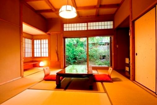 離れ客室 和室10畳 【内風呂+露天風呂付】