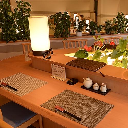 【和蘭】お座敷テーブルの他にカウンター席もございます