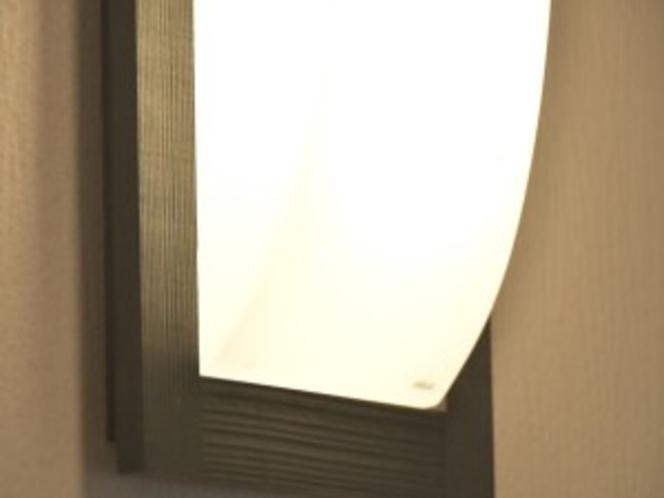 7号室照明