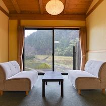 *【部屋(半露天付和室)4】2008年春にリニューアルしたお部屋です。