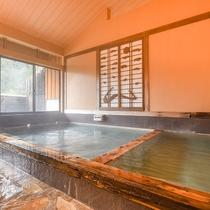 *【風呂(大浴場・男湯)1】泉100%掛け流しの自慢の温泉です。