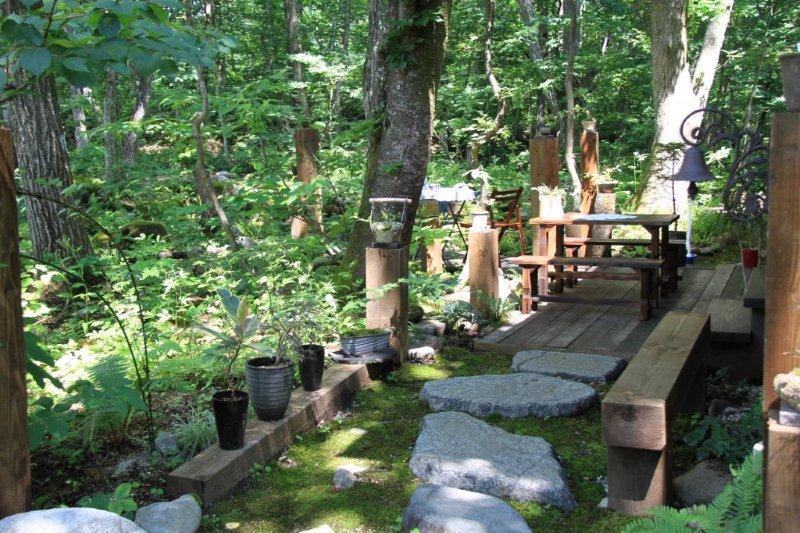 洗濯船の庭1