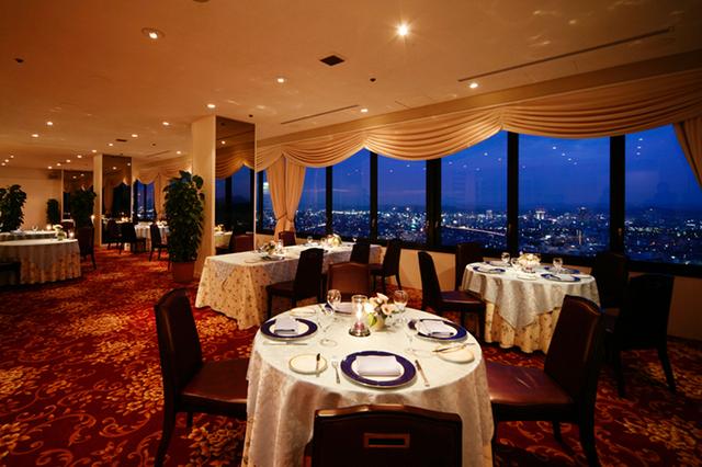 レストラン「アルカンシェール」夜景