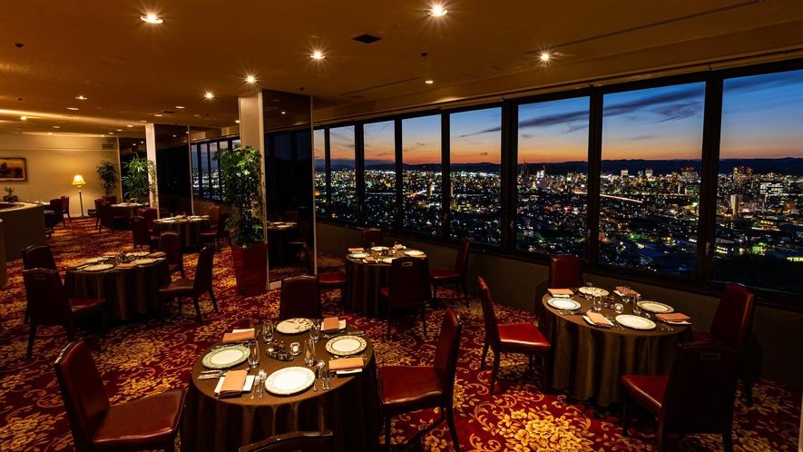 最上階レストラン「アルカンシェール」