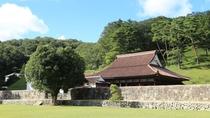 旧閑谷学校。旧岡山藩直営の庶民のための学校。講堂は国宝です。