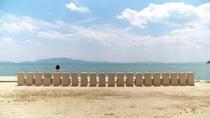 犬島。銅精錬所跡など現代アートを楽しめます。夏には海水浴ができます。