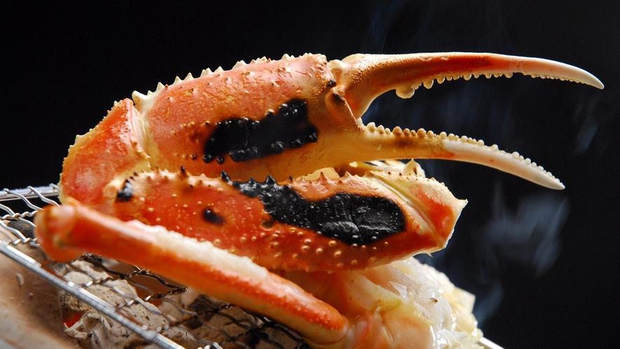 蟹の炭火焼き