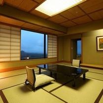 【新客殿/特別室】草津の高台からの眺めを望める11~14階の特別室※一例