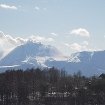 雪化粧された浅間山