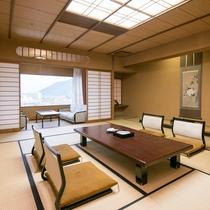 【最上階二間続き和室】大人数にも嬉しい広々和室。お祝&記念日のご旅行にもおすすめ。