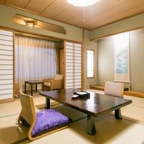 【ご家族でもゆったり♪寛げる和室10畳】ソファ席もあり、ゆったりお過ごし頂けます。