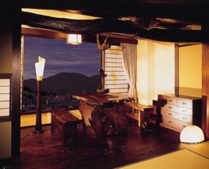 ●古民家風客室(和室10畳+フローリング)WiFi完備・禁煙