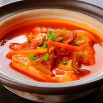 ◆スンドゥブチゲ(夕食)◆韓国料理といえばコレ♪お豆腐と唐辛子の効いた海鮮スープでポッカポカ♪