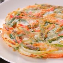 ◆チヂミ(夕食)◆外はカリッ♪中はもっちもちのチヂミ。甘辛タレをつけて召し上がれ♪