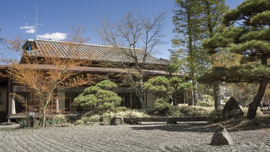 かたくらの歴史を感じさせる 重要文化財「菊の間」