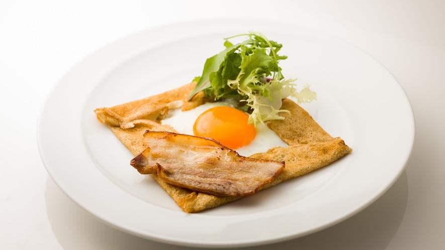 朝食一例 そばガレット